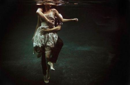 Underwater-Love-Story-03