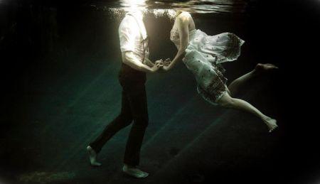Underwater-Love-Story-04