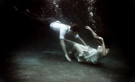 Underwater-Love-Story-05