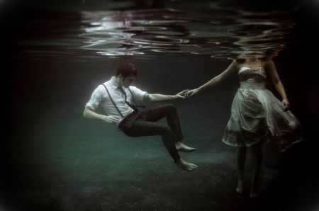 Underwater-Love-Story-08